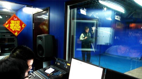 军旅歌唱家,男高音歌唱家刘斌在世纪视觉录制单曲